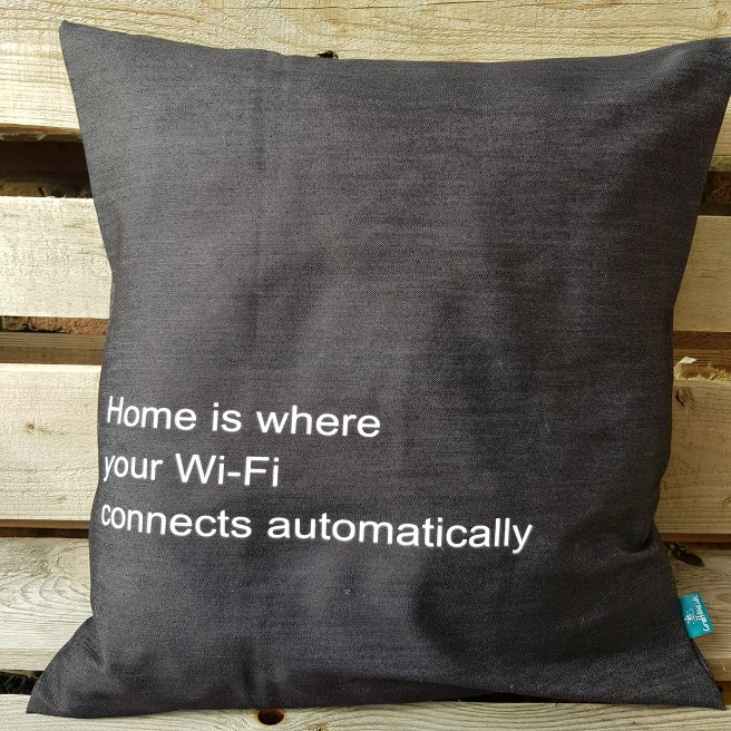Home is where your Wi-Fi connects automatically Jeans
